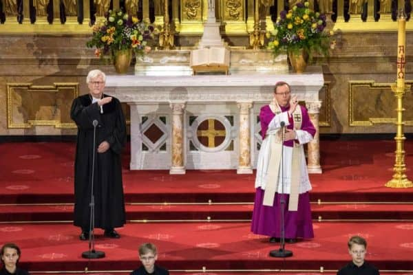 German church leaders recall end of WWII, urge commitment to peace