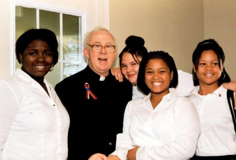 Read more about the article Father Val Peter, Boys Town's leader for 20 years, dies