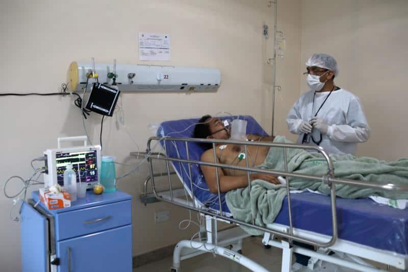 Read more about the article Papa envía respirador a hospital brasileño que ayuda a pacientes indígenas