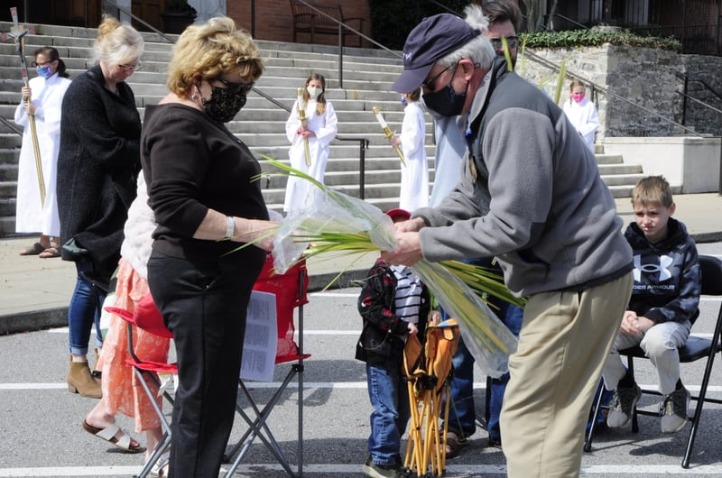 Diocese celebrates Palm Sunday