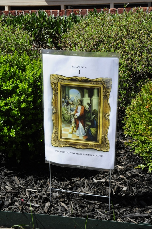 Franklin neighbors host outdoor Stations of the Cross