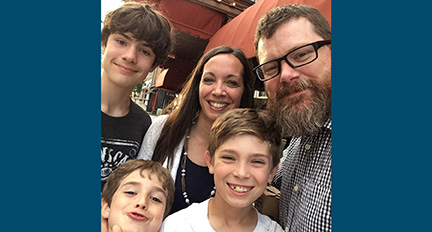 Read more about the article 'Amoris Laetitia' family portraits: Sometimes messy, but grace-filled