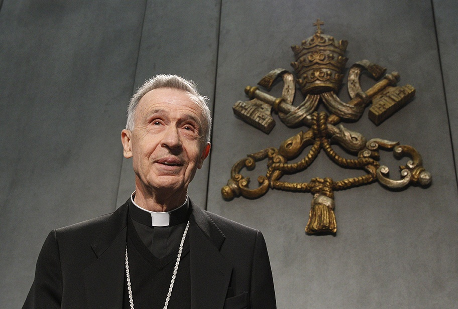 Read more about the article Vatican official cautions U.S. bishops on politicians and Communion