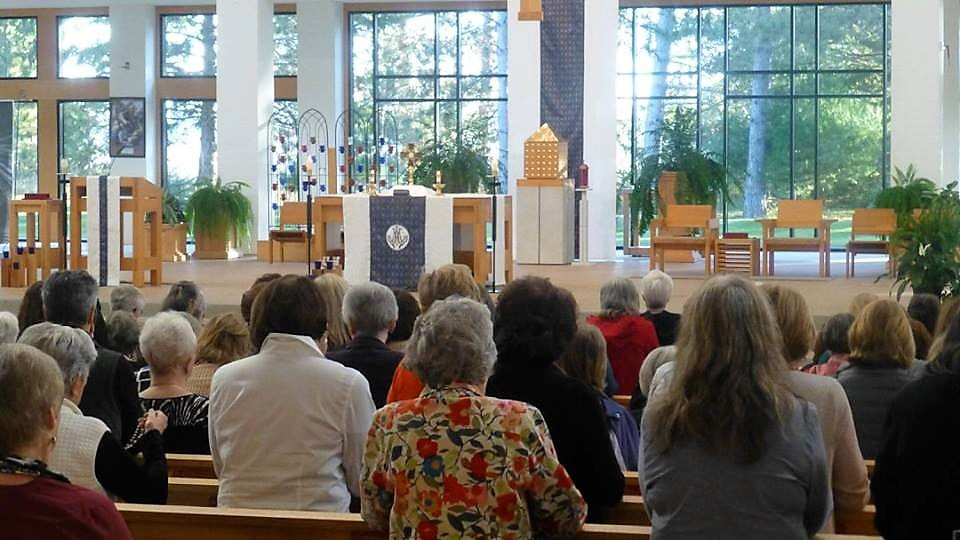 Read more about the article Seven Sisters Apostolate supports priests with prayer