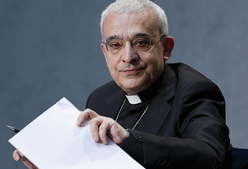 Read more about the article Pope promulgates revised canon law on crimes, punishments