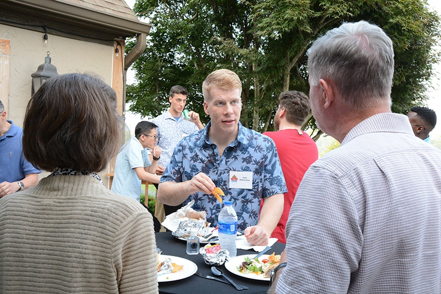 Read more about the article Picnic supports seminarians [Photo Gallery]
