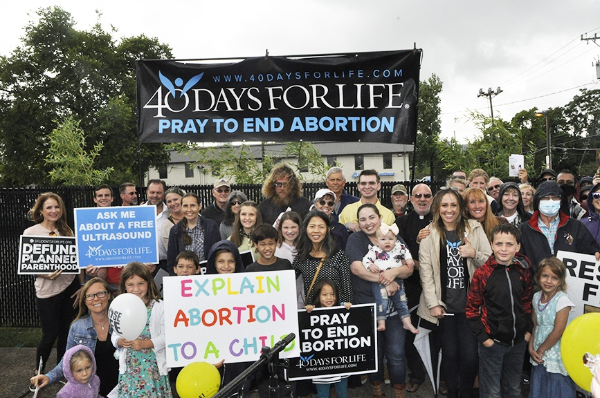 Read more about the article 40 Days for Life Campaign kicks off with three personal testimonies